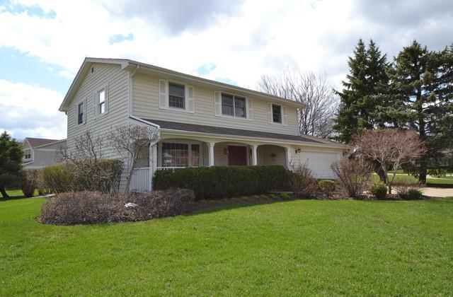 1680 Longvalley Ct, Northbrook, IL 60062