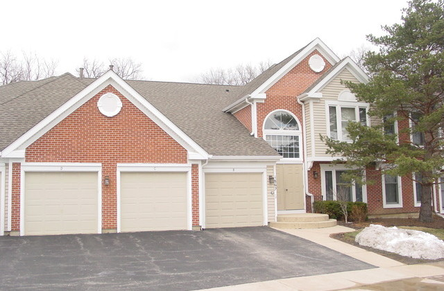 1862 Fox Run Dr Unit D4, Elk Grove Village, IL 60007